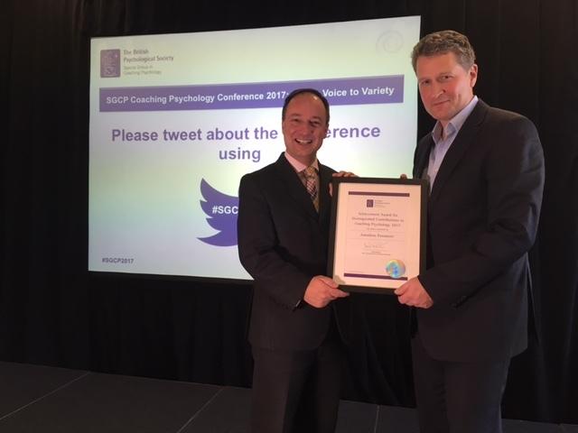 Dr Jonathan Passmore wins coaching award