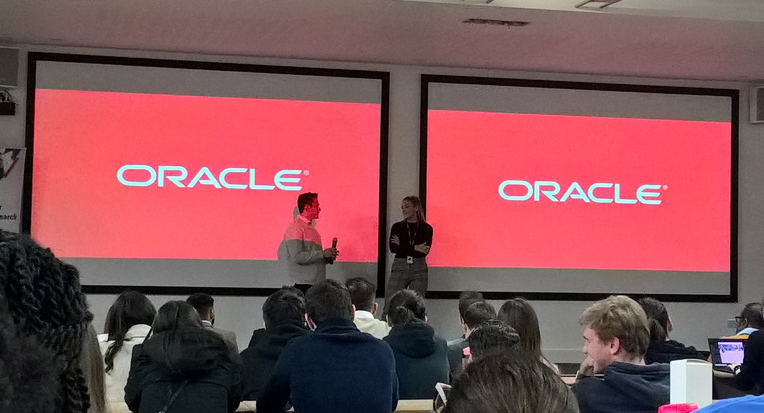 Henley teams up with Oracle to support innovation and enhance the future workforce