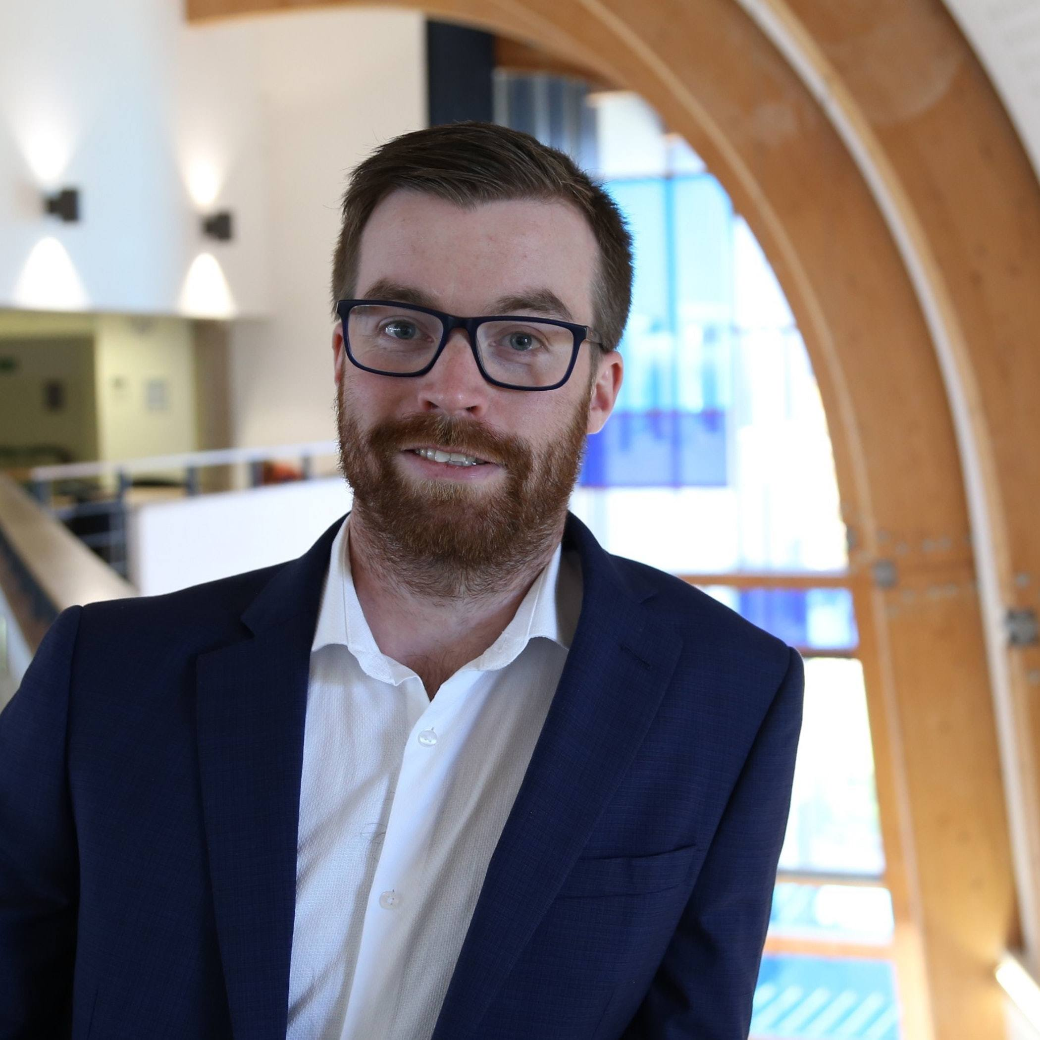 Dr Phil Davies Leads Early Career Researcher Grants Webinar