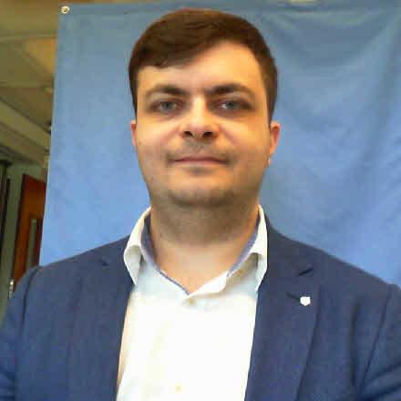 Maxim Slesarev