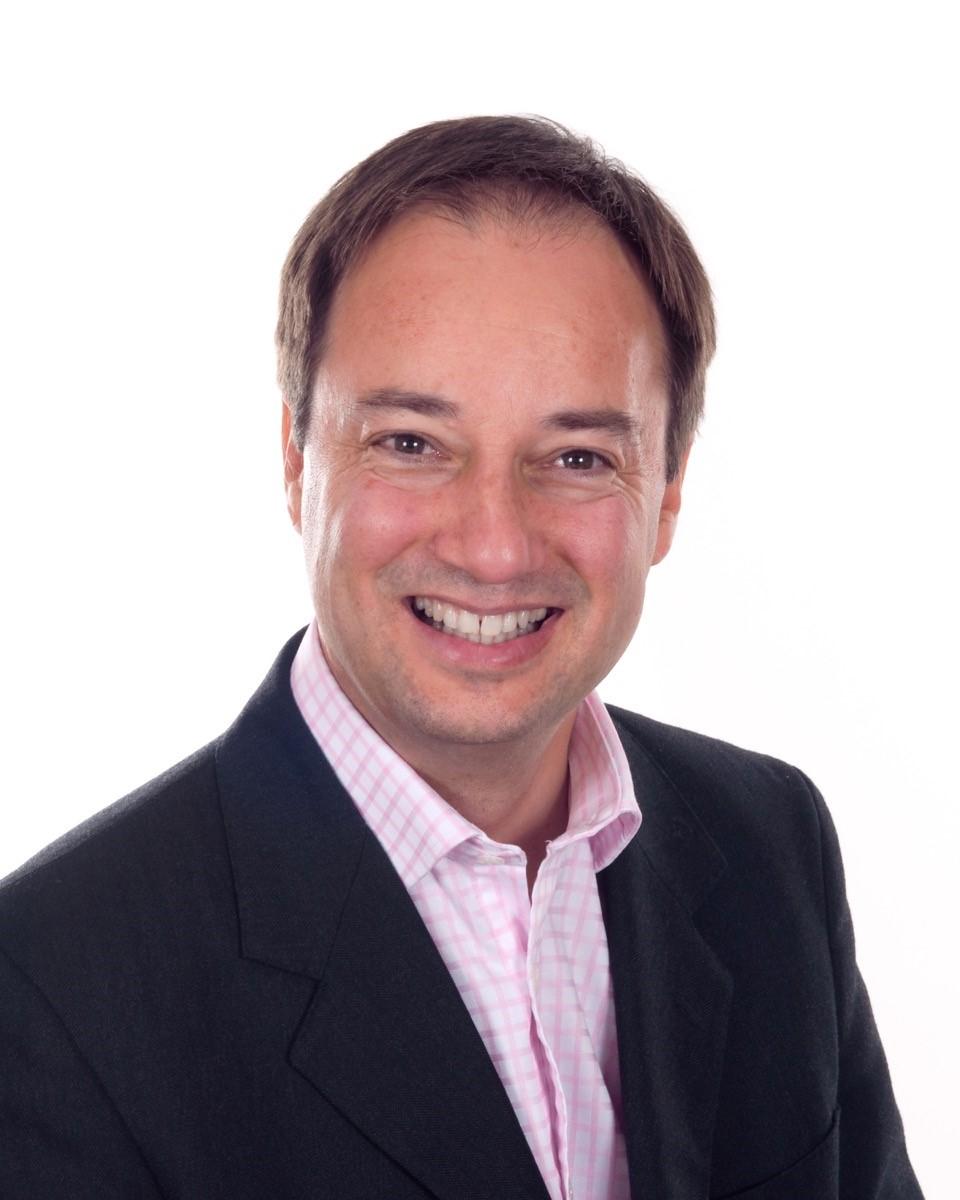 Dr Jonathan Passmore