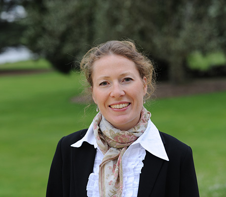 Professor Carola Hillenbrand