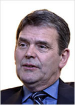Dr David Ewers