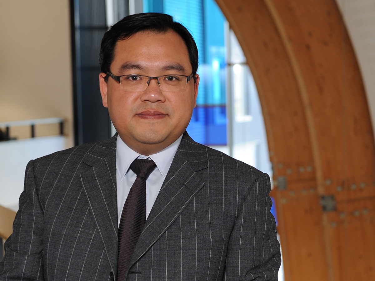 Professor Liang Han