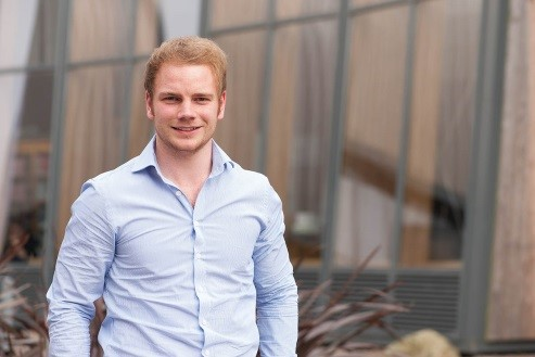 Oliver Brown with 'Emergen-Sill' wins IDEAFEST Student Business Idea Competition 2015