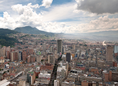 Real Estate & Planning staff publish new research on Latin America