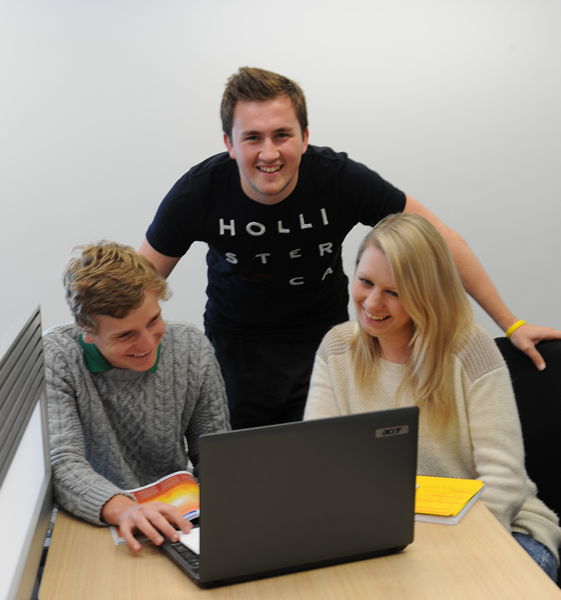 Three Henley teams reach semi-final of Universities Business Challenge