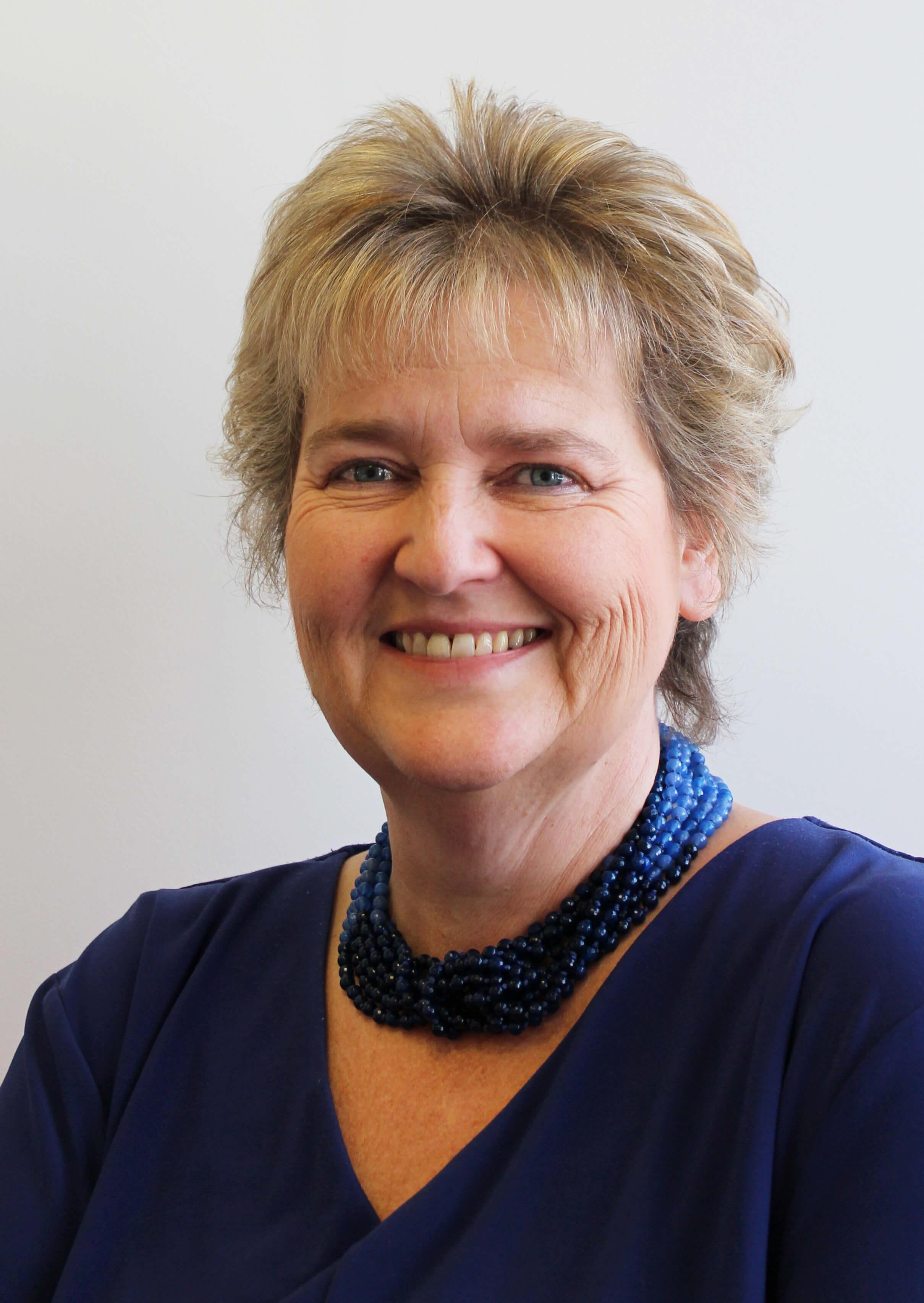 Dr Alison Carter