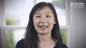 Dr Vicky Weizi Li