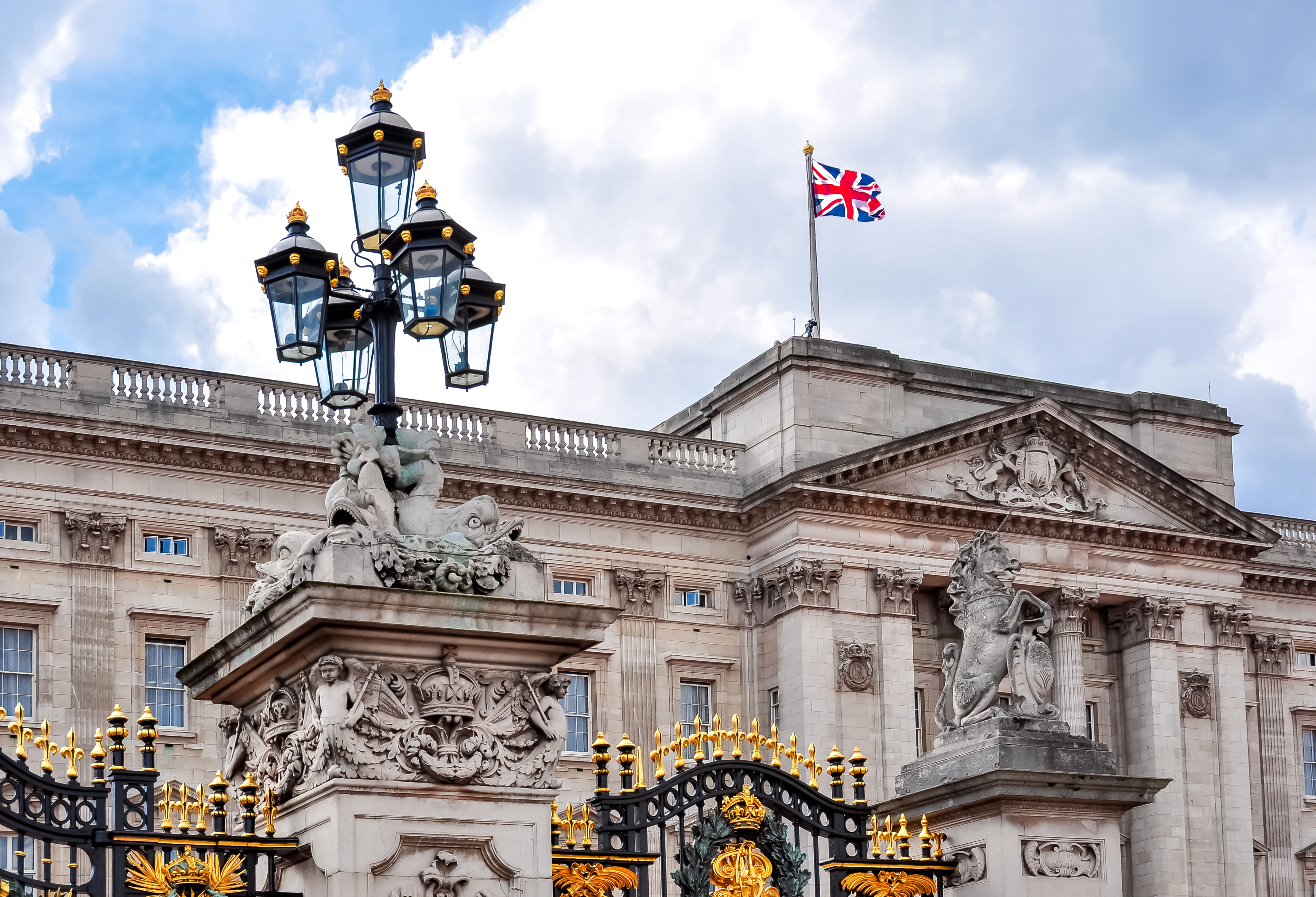 Racism challenges in the royal palaces: can we relate in our workplaces?