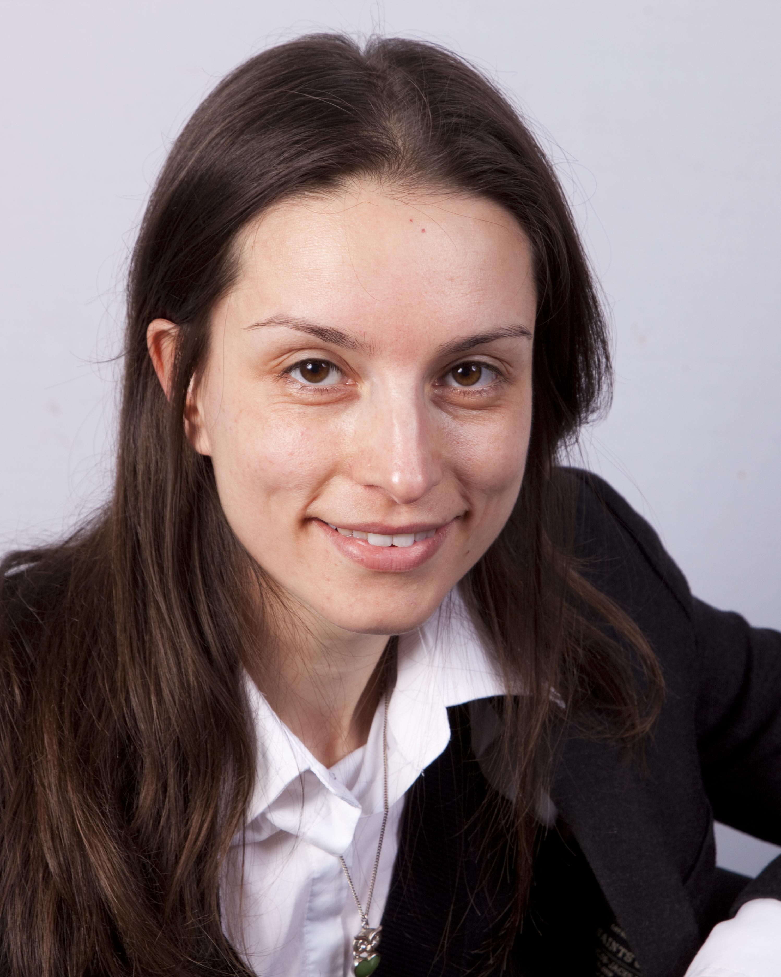 Dr Roberta Bernadi