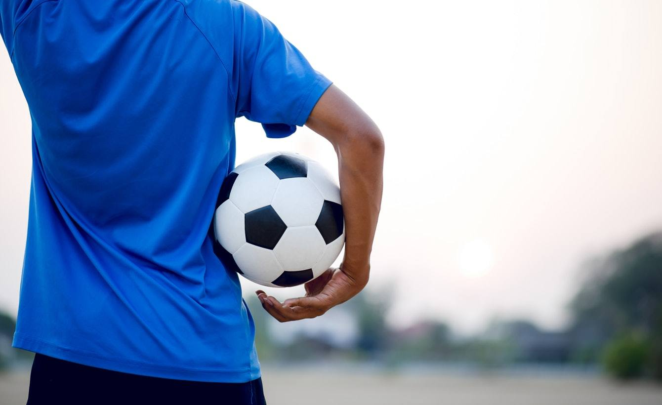 Can we predict when football managers are no longer effective?