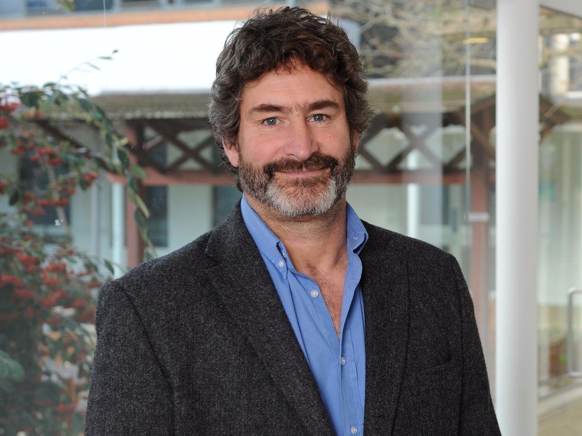 Dr Jeff Callander