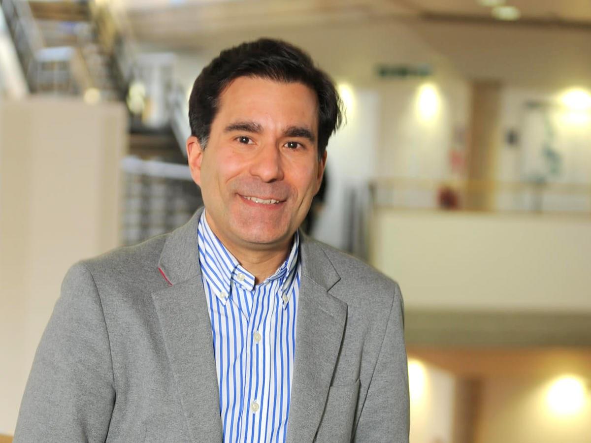 Dr Richard Nunes