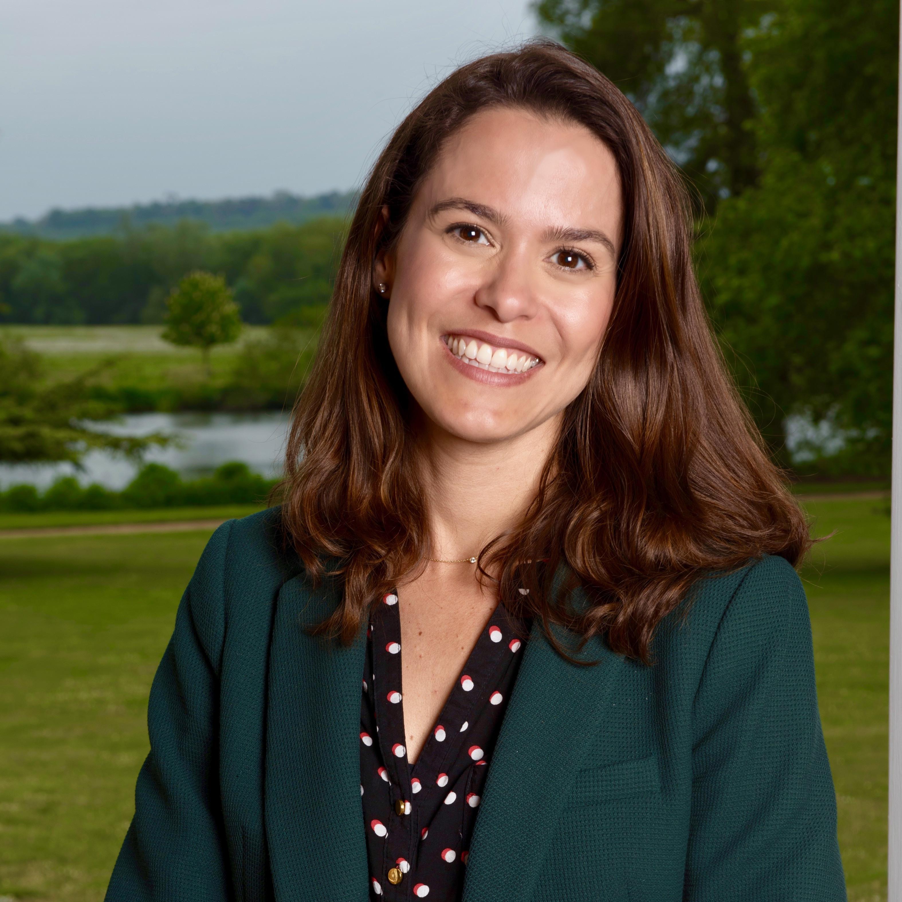 Dr Tatiana Rowson