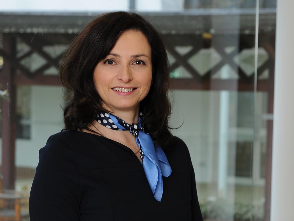 Professor  Elena Beleska-Spasova